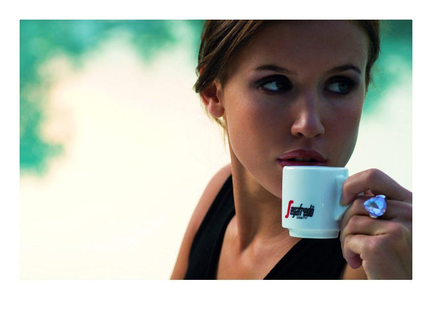 Piękno w ziarnku kawy W codziennej pielęgnacji największym zaufaniem darzymy kosmetyki. Przypadający na 9 września Międzynarodowy Dzień Urody to świetna okazja, by poszukać alternatywy. Efekty […]